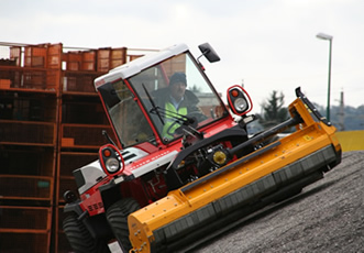 Combi Tractor Course
